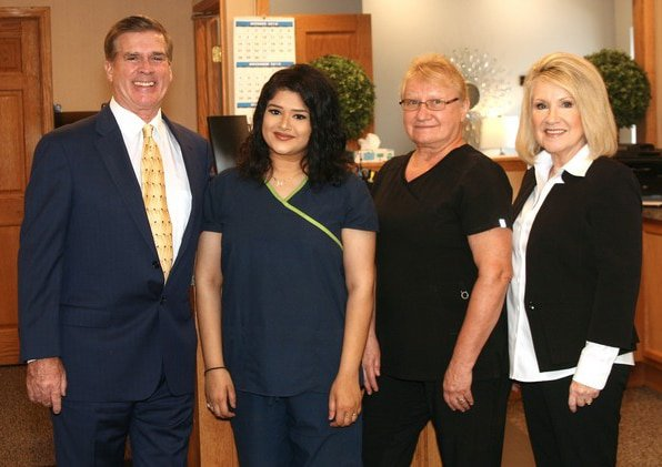 Chiropractor Peoria IL Jerry Carter with Team